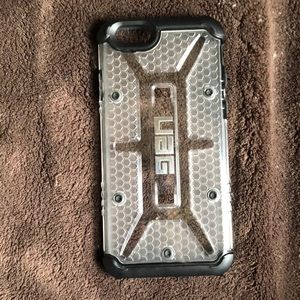 UAG iPhone 6 (6s) Clear/Black phone protectant